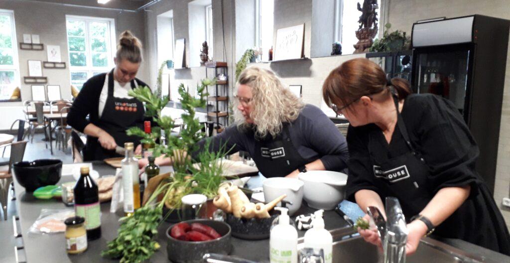 Plantebaseret madlavning med jetteboye.dk i Cafe sans, Designmejeriet i stilling
